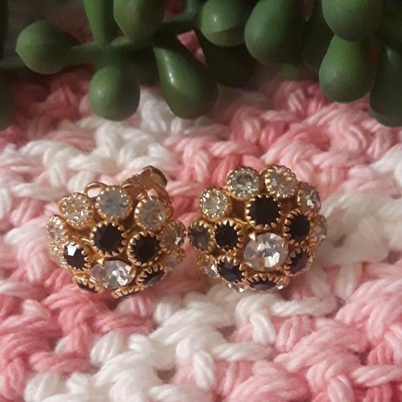 Vintage Jewelry - 💎BEAUTIFUL VTG EARRINGS
